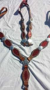 Red Sparkle Scalloped Tack Set
