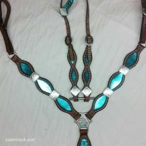 Metallic Turquoise Tack Set